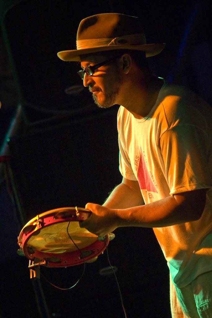 SARAU TROPEIRO NO 20º  FESTIVAL DO FOLCLORE DE JEQUITIBÁ EM 2008 (8)