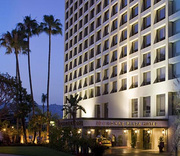 Crowne Plaza Beverly Hills Hotel