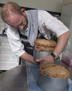 Ian and his pies for giants