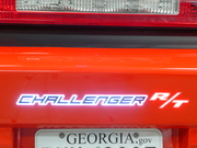 Chall. R/T Logo Lit