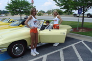 Hooters Cruise In