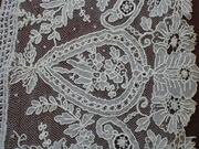 Antique point de gaze Detail 2