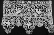 Griffon machine made needle lace