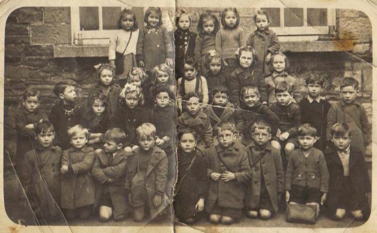 095_Model_School_1947