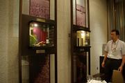 壁のワインの説明