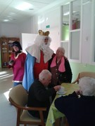 Los Reyes Magos visitan la Residencia de Mayores FEMAR