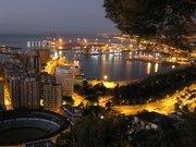 Málaga anochecida, cuanta belleza.