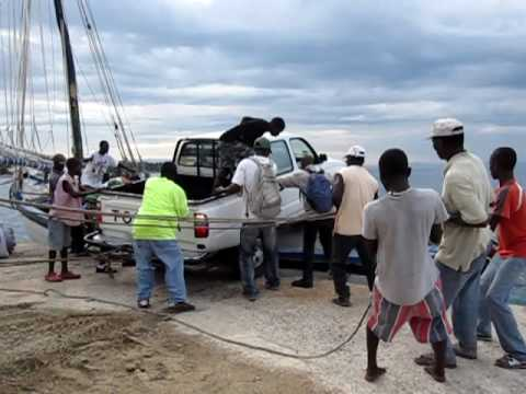 HOW TO LOAD A TOYOTA PICKUP ONTO A SAILBOAT