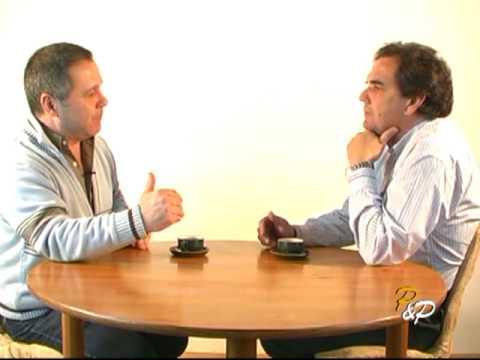 """""""PERSONAS Y PERSONAJES""""(2010)"""