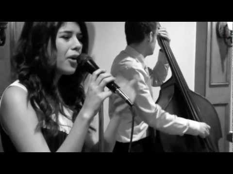 "Catie Waters covers ""Valerie"" by Amy Winehouse"