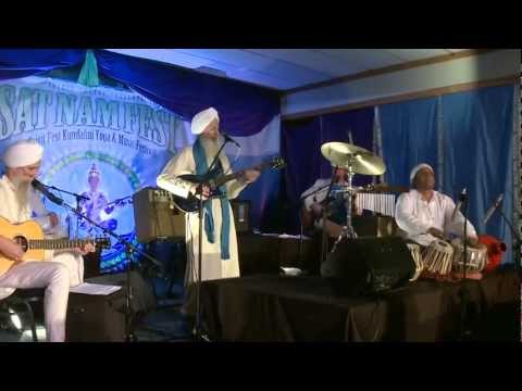 The GuruGanesha Band performs at Sat Nam Fest