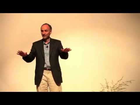 Jeffrey Smith talks about GMO and their effects in Medford, Oregon, 10-11-12