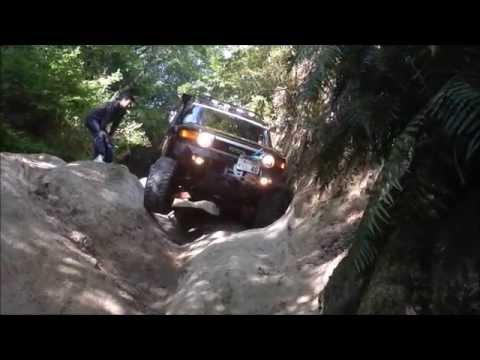 FJ Cruiser Off-Road (A) 20150506 aravine;〔狭く深い谷〕 №3