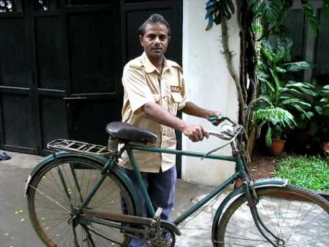 Interacting with an avid bicyclist in Chennai, Tamil Nadu, INDIA !