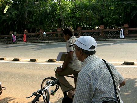 Cycling through the busy Calicut roads!