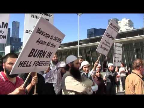 Muslim protestors at the Global Atheist Convention