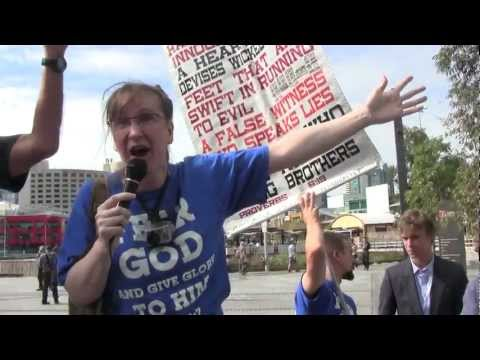 Christian Protestors at the Global Atheist Convention