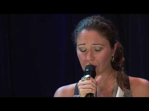 """Maria Rita com Quinteto em Branco e Preto - """"Mente ao Meu Coração"""""""
