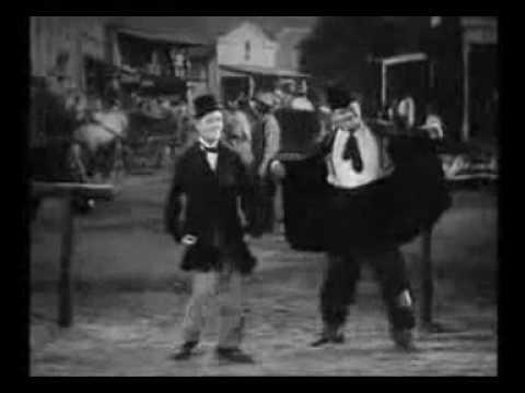 Laurel and Hardy - Santana (Oye como va)