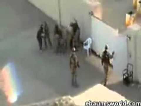 (Iraque: soldados inglese em confraternização com os iraquianos. não percam!não percam