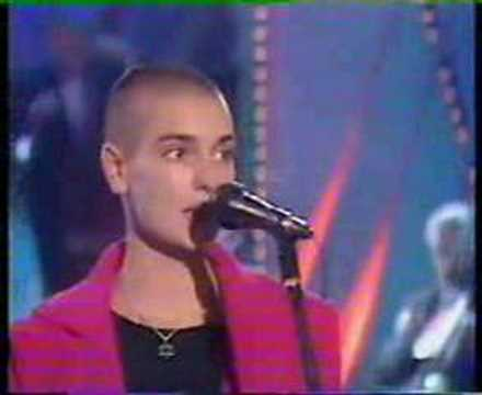 "Sinead O'Connor ""don't cry for me argentina"""