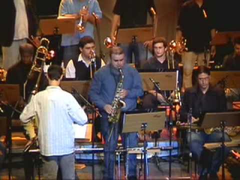 Vittor Santos e Big Band do Conservatório de Tatuí - Pé Quente (Marcelo Martins)