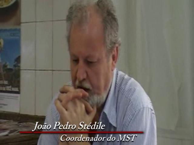 João Pedro Stédile enfrenta a perversidade do agronegócio