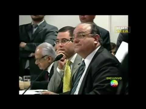 Vaccarezza manda SMS comprometedor a Sérgio Cabral em plena CPI
