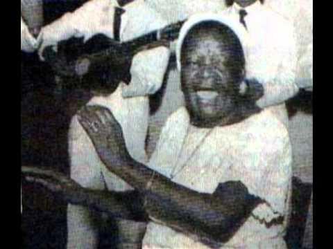 clementina de jesus (assim não zambi 1979)