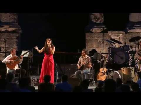 Sílvia Pérez Cruz no Festival Les Suds à Arles.