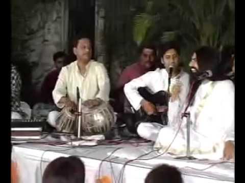Hari Sundar Nand Mukunda-bhajan by Rishi Nityapragya