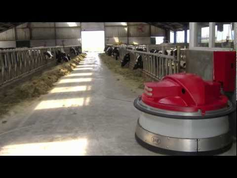Lely Juno Automatic Feed Pusher - More flexibility. More milk. More labor-efficient.