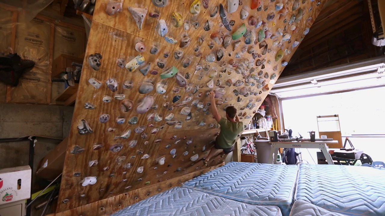 BD Crash Pads, Episode 3: Tommy Caldwell's Training Routine