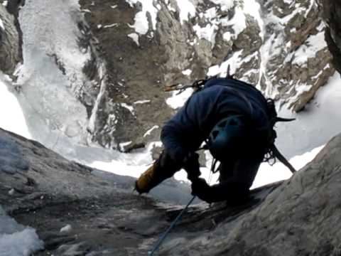 Ice climbing Kennedy Gully