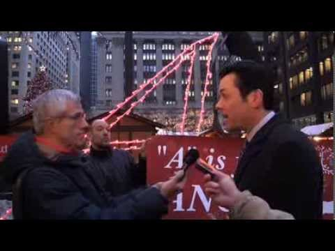 """Atheists, Christians Clash at """"A is for Angels"""" Protest in Chicago"""