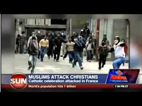 Muslims attack Catholics leaving Church