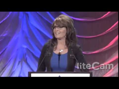 Sarah Palin FIRES BACK at Eric Holder at Western Conservative Summit - 7-19-14