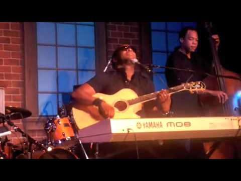"V.Rich sings ""Gravity"" by John Mayer"