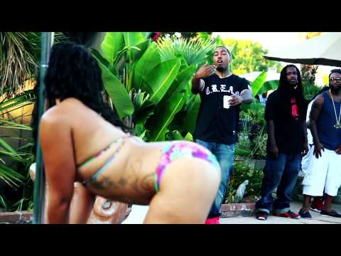 "BUENO ""BAD B*TCHES"" FEAT CLYDE CARSON & D-LO MUSIC VIDEO"