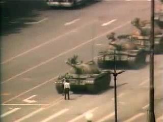 Tianamen Square Protestor Video (chinese narration)