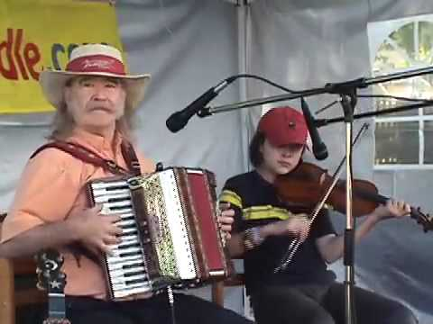 "Fiddling Thomsons play ""Jambalaya"" at Newmarket Heritage Festival, on cajun fiddle and accordion"