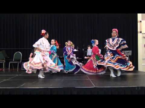 Jarabe Tapatio danced by the MECCA Ballet Folkloric de Colores