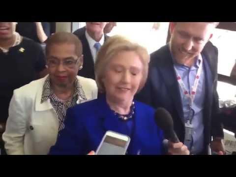 Hillary Clinton Has Seizure / Convulsions