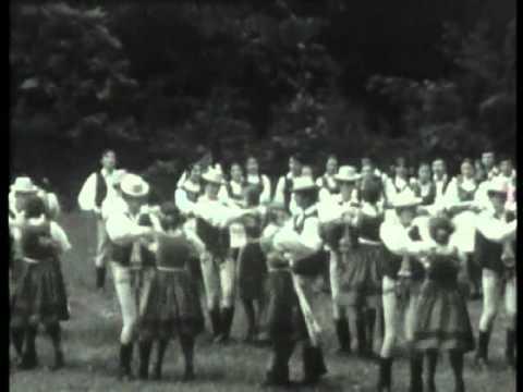 1976 - Márta néni néptánccsoportja - Szászrégen