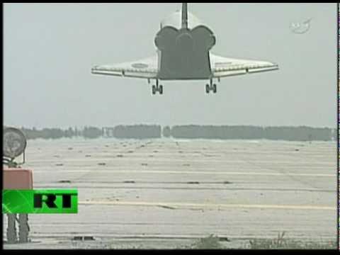 NASA's Shuttle Discovery last landing
