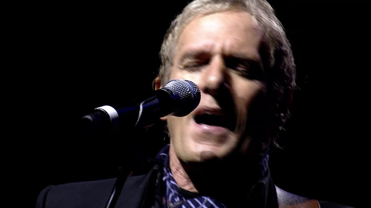 "Michael Bolton Performs ""Home Sweet Chicago"" with a Motown Twist"