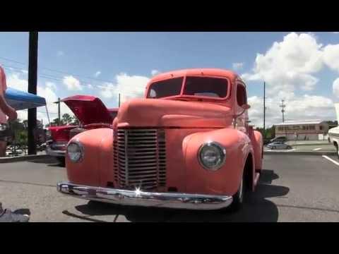 Hot Rod Madness at the I- CAR Rockin Car Show