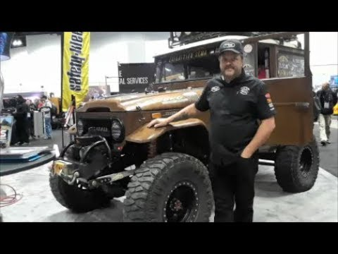 Aaron's Expedition SEMA FJ at the 2018 PRI