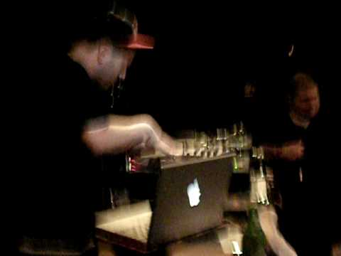 DJ Kwestion tearing it up! - Don't be scared just be prepared for the worst- Jedi Mind Tricks !!!!!!