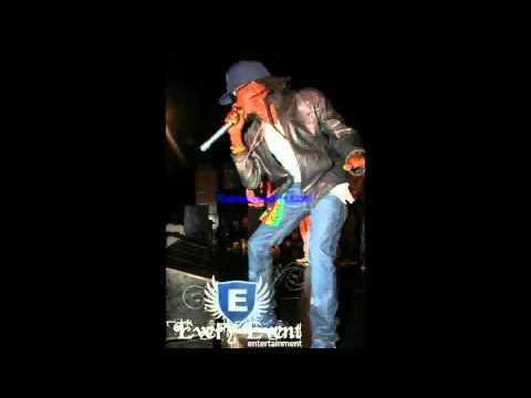 Munga ft Chi Ching - Nuh Wear Gal Fashion (Type R Riddim) May 2011 Good Good Records